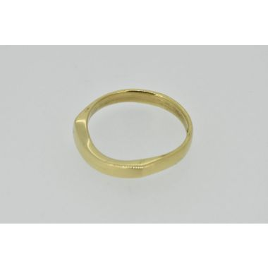 9ct Shaped Band