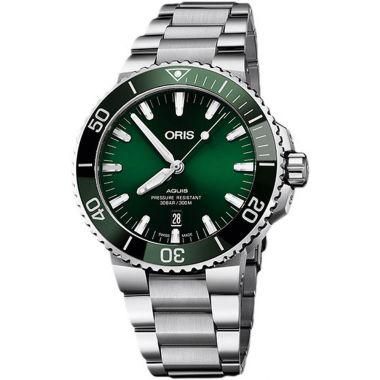 Oris Aquis Date Green Dial Watch 43.5mm
