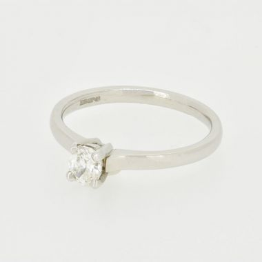 White Gold 0.36ct Oval Diamond Ring