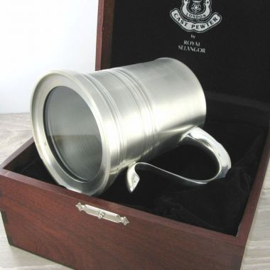 Eton Glass Base 1 Pint Tankard