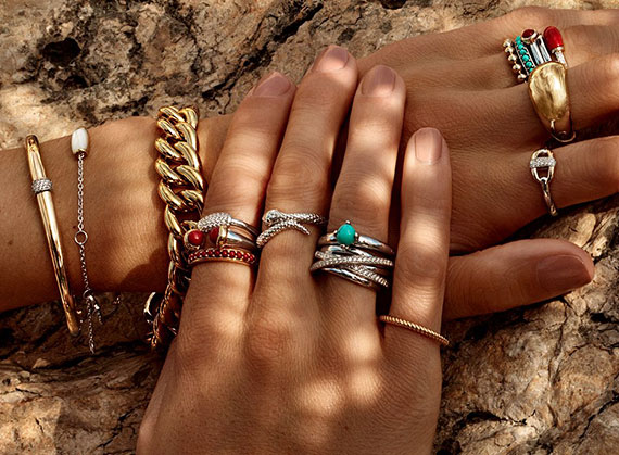 LUXURY COLLECTION OF BRACELETS AND BANGLES